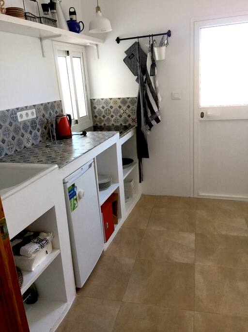 Cozy new kitchen with direct access to terrace