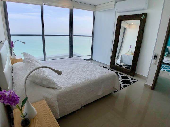 38th Floor Spectacular 1 Bedroom Apt in BocaGrande