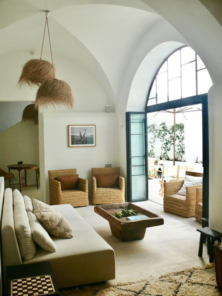 Hotel boutique de aire mediterráneo
