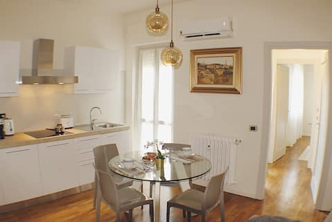 Entire apartment in the heart of Alba