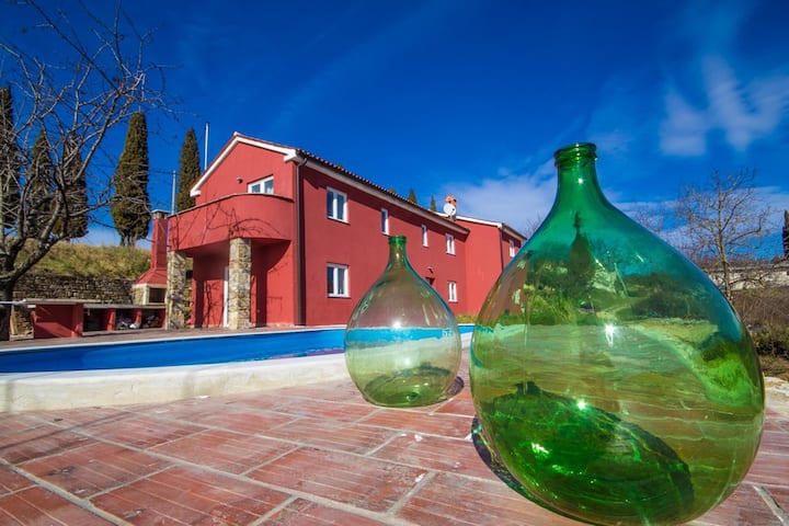 Istrian Villa with Poll and garden