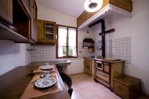 House Ca Zanin - chalet for 2 with private garden