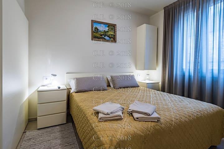 THE BEDROOM ON GROUND FLOOR