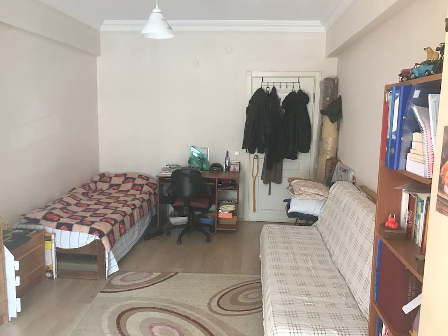 Room has 1 single bed , 1 couch and 2 comfortable additional matresses.
