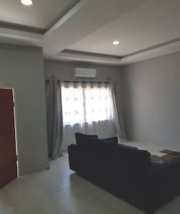 Neat 2 Bed self catering Apartment in Lilayi