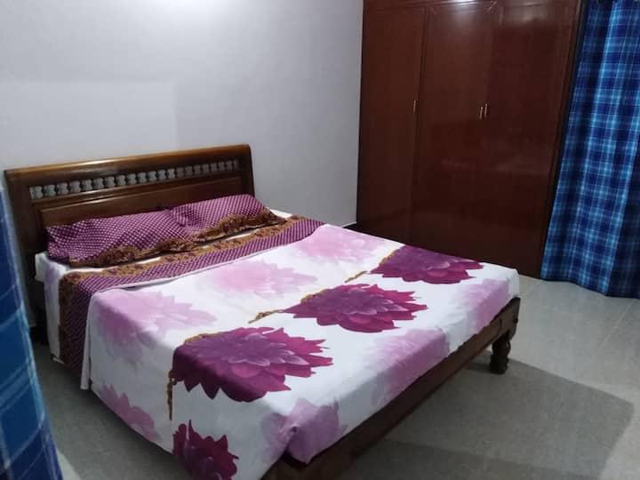 Appartement neuf, meublé, climatisé à Pondichéry