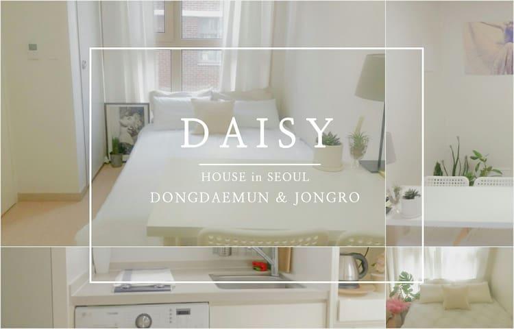 #1.Cozy Clean apt 5mins walk away from Dongdaemun