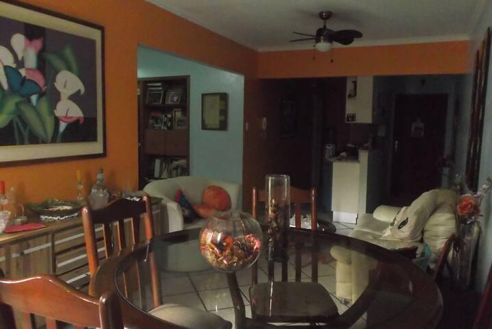 Apartamento familiar zona exclusiva