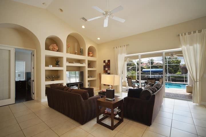 Luxury at Villa Royal - Gulf Access
