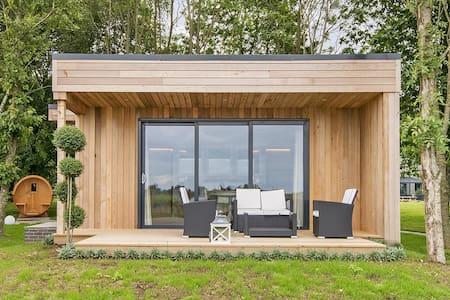 Luxury Vineyard Lodges at Tinwood Estate - West Sussex - Bed & Breakfast