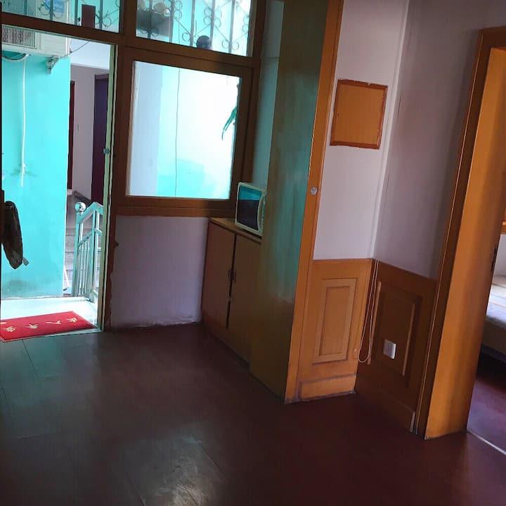 南戴河临海三室一厅一卫公寓