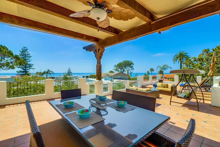 Casa Monte Vista-Roof-top deck with ocean views-Located in beautiful La Jolla-Open August 26th-29th!
