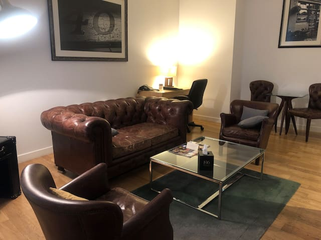 Stunning apartment in Liverpool Street station