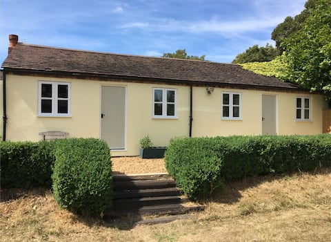 Detached Annexe in a beautiful country setting