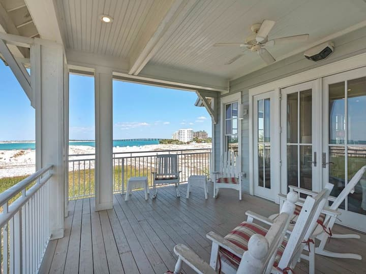 Pelican Point - Charming, Stunning views, Close to entertainment