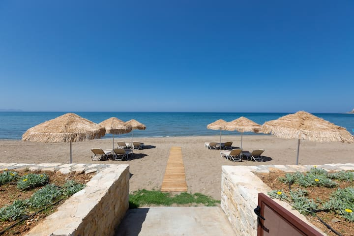 Iris & Espera Luxury Beach Front Residences!