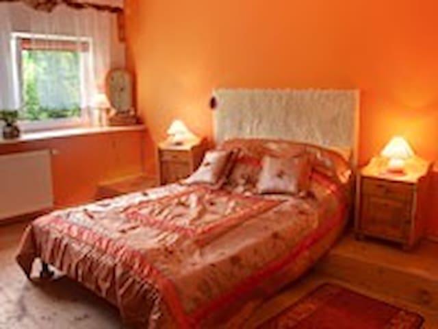 Złoty Potok 21 Pokój Pomarańczowy - Złoty Potok - Appartement