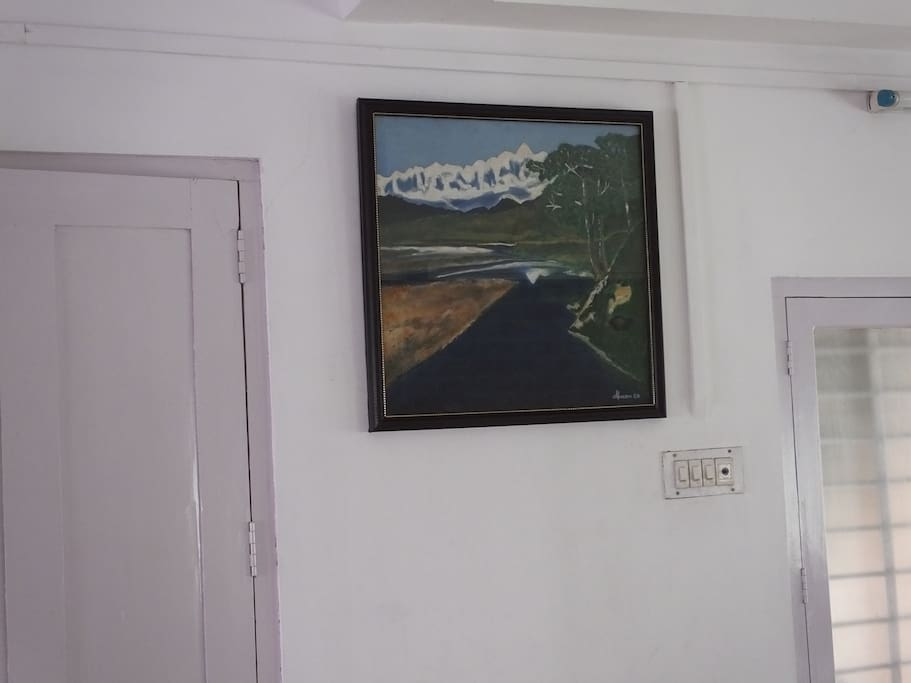 One of the landscape paintings in oil on canvass I did in year 2006.