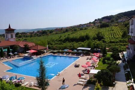 Harmony Hills F35 Garden & Pool view