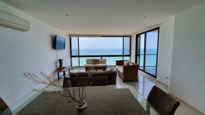full private Luxury big apartment front the ocean