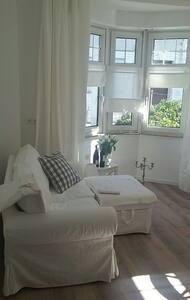 Gemütliches Apartment im Ortskern - Seeheim-Jugenheim - 公寓
