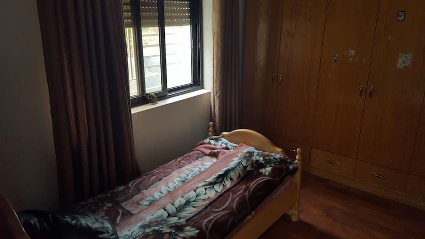 Clean & Nice Room in Beit Jala - Bethlehem - House