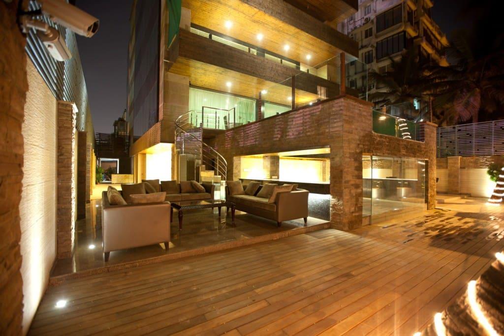 Nine Palm Bungalow Awas Beach Alibaug Maharashtra: 7 Amazing Airbnb In Mumbai Where You Can Host Epic House