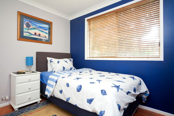Bedroom 3 - King single with trundle