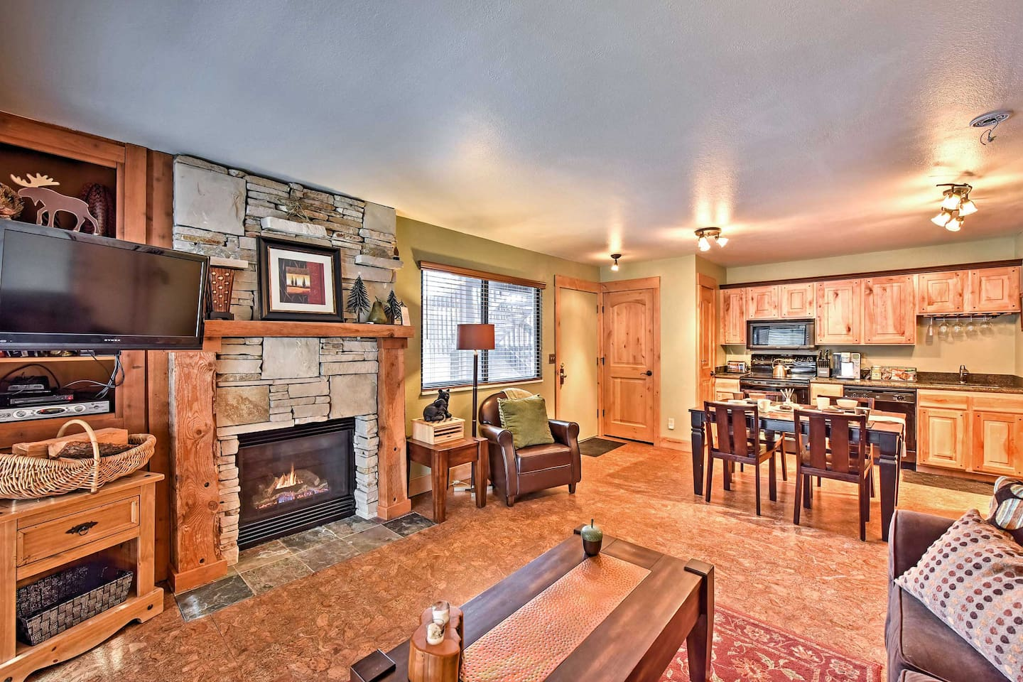 Come escape to this pristine Park City vacation rental condo!