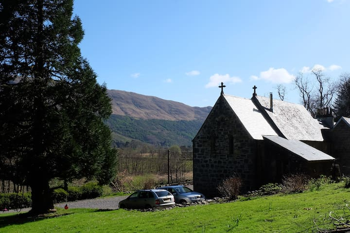 Quirky church in remote Scottish Highlands - Appin - Andere