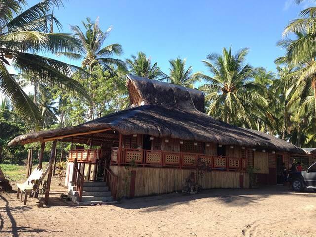 Cottage on the beach - Hinunangan - บ้าน