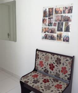 Apto de 01 quarto no centro de Ctba - Curitiba - Appartamento