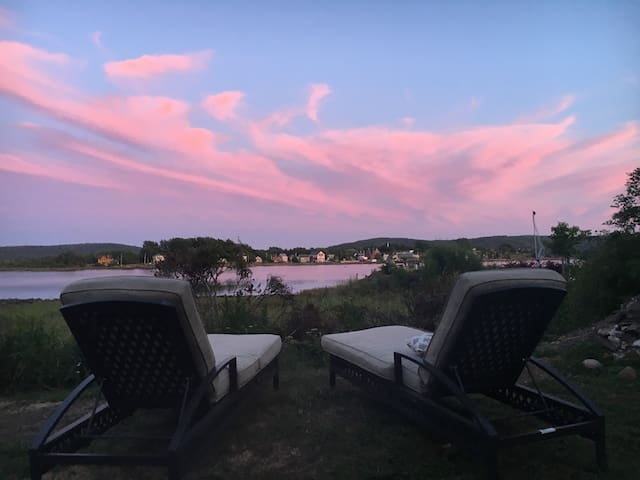 Enjoy a fire pit ocean side in the lounge chairs then a wine on the deck. This place as views and views and more then one space to enjoy alone or with someone.