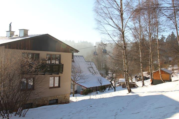 levné ubytování pod Černou horou v Krkonoších - Janské Lázně - Hus