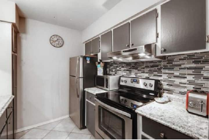 Peaceful Condo in heart of Old Town Scottsdale