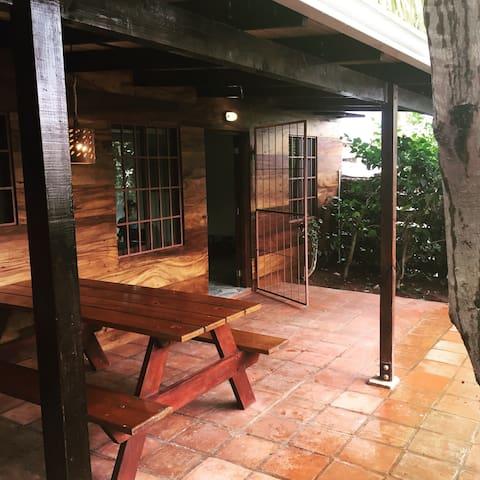 Casita w/garden in San Juan del Sur - San Juan del Sur - House