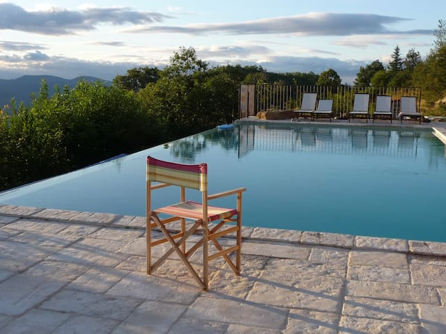 Beautiful mountain villa near Ceret - Céret - บ้าน