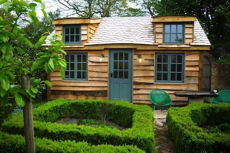 Pip's cabin