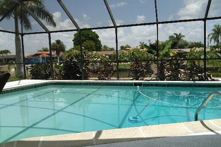 TROPICAL EXPERIENCE CAPE CORAL - Cape Coral