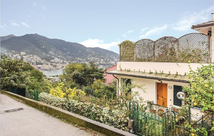 Holiday apartment with 2 bedrooms on 107m² in Rapallo (GE)