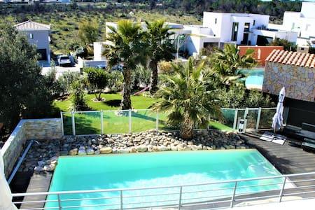 Villa 4 Chambres 160 M2 piscine sécurisée