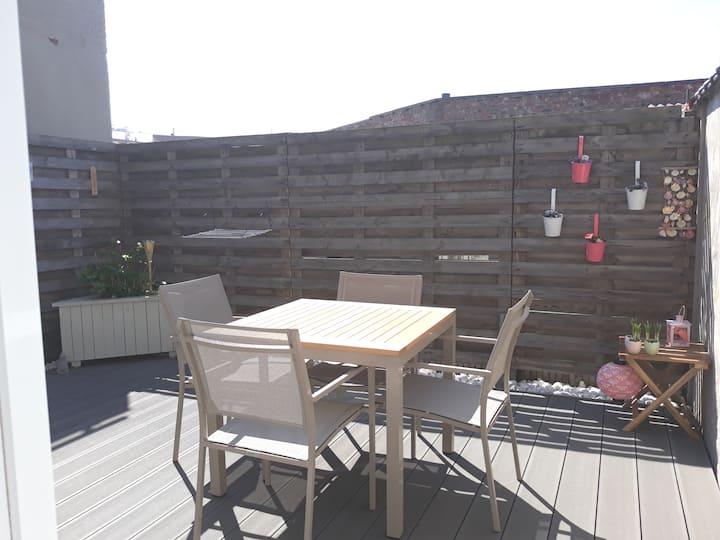 Cosy terraced studio near Ostend on  ground floor