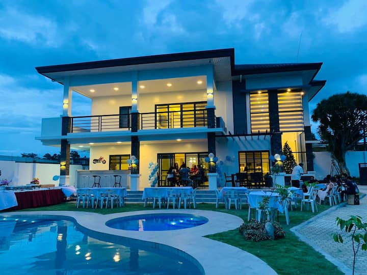 Beautiful NEW Luxury Villa in Davao City