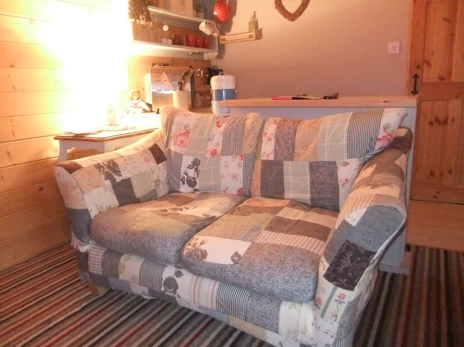 Perfect for two, Cute comfy sofa to curl up on.