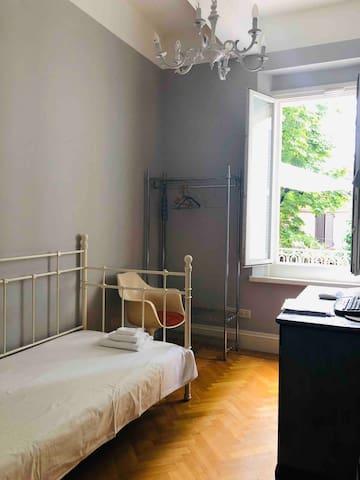 3rd bedroom - twin bed
