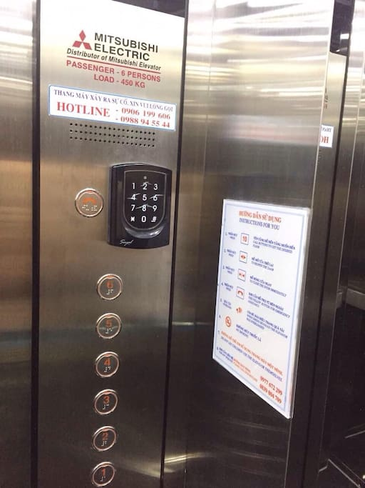 Lift with security control for each level