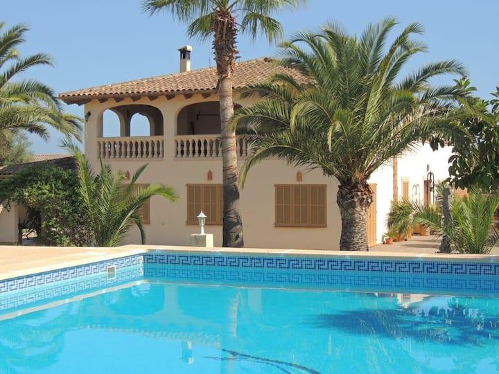 Villa a Can Picafort con piscina privata e Wifi
