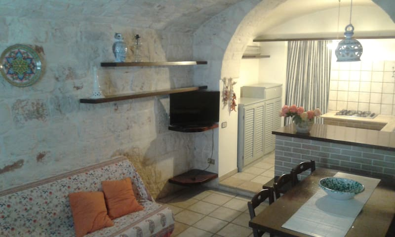 Casa in pietra/charming stone house - Ceglie Messapica - Apartment