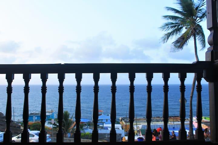 Breezy Calm Ocean View Apartment in Old San Juan