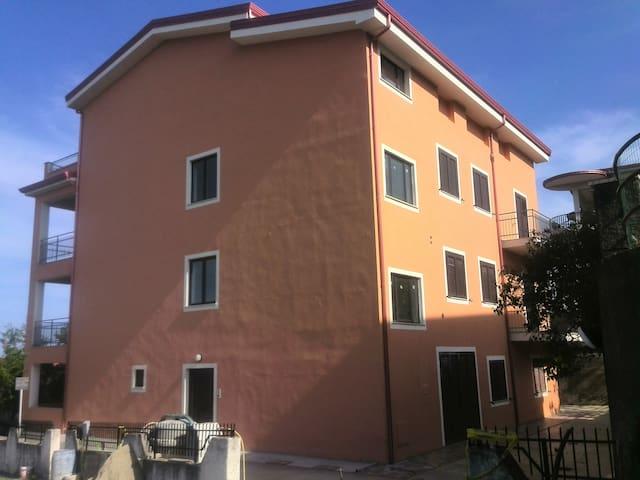 Grande appartamento a Belvedere Mmo - Belvedere Marittimo - Apartment